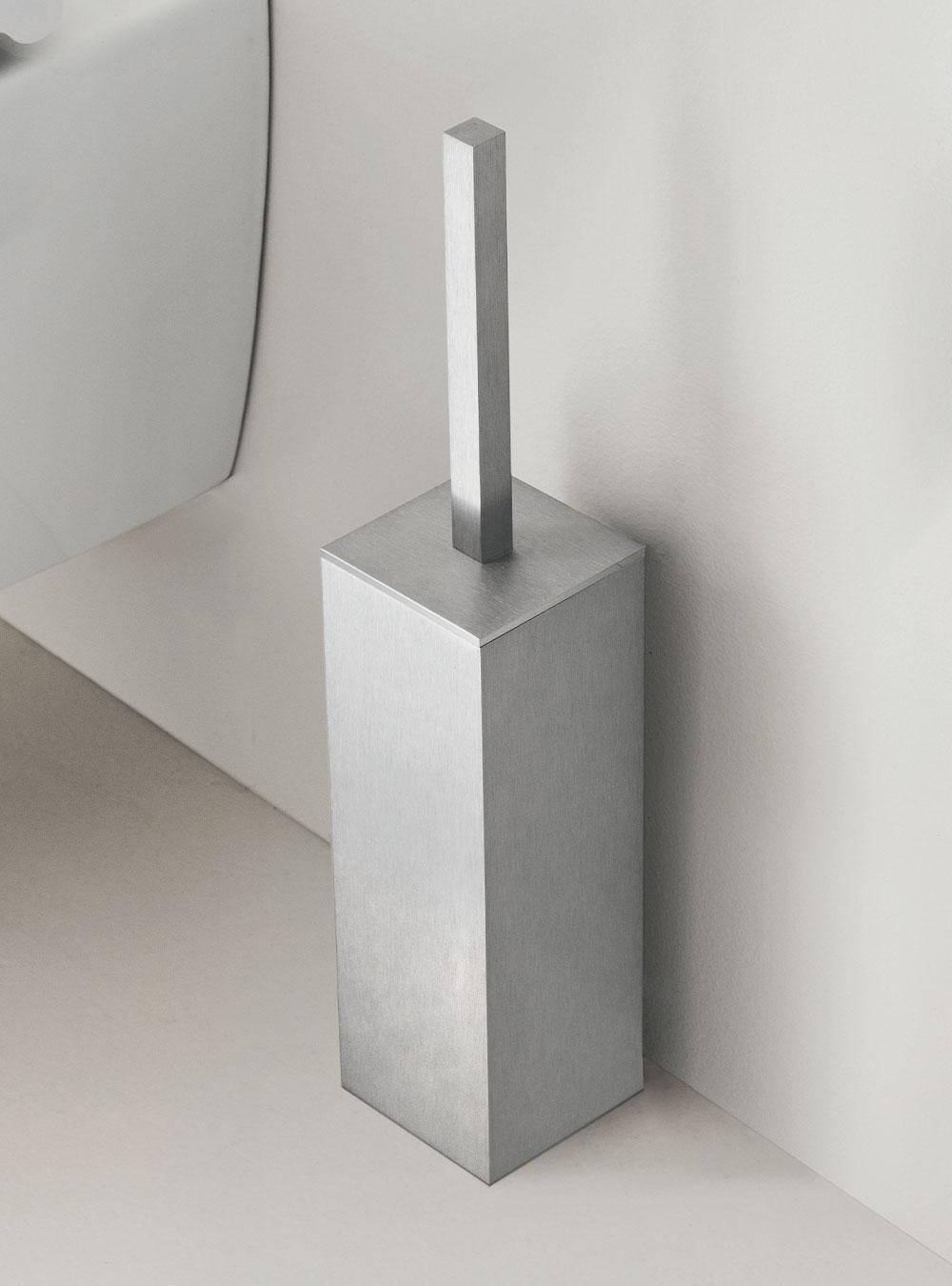https://www.arbiarredobagno.fr/wp-content/uploads/2021/05/Arbi-Zeus-porta-scopino-inox-spazzolato.jpg